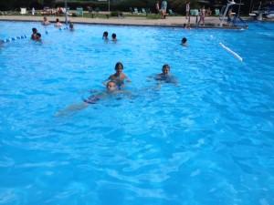 zwemmen met lars en bjorn